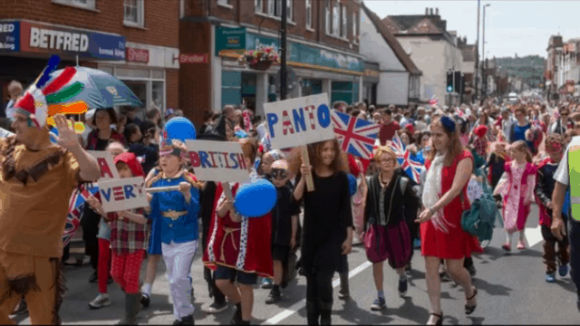 Fosse Bank presents 'A very British Panto' at the Tonbridge Carnival parade