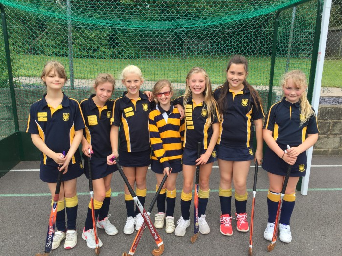 Year 6 v Russell House Hockey match